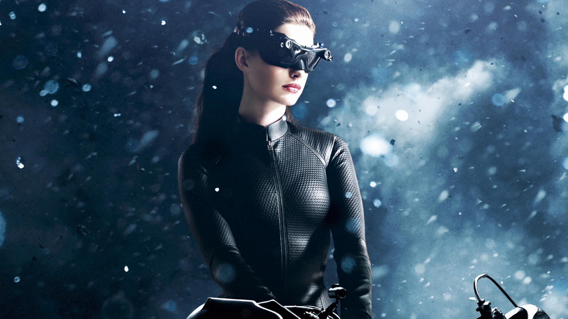 Anne Hathaway - Catwoman Wallpaper - 6