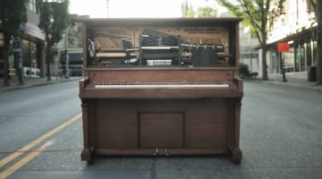 This Is Stanley, The World's First Tweet-Powered Piano