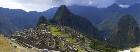 Machu Picchu by Jeff Cremer (16 Gigapixels)