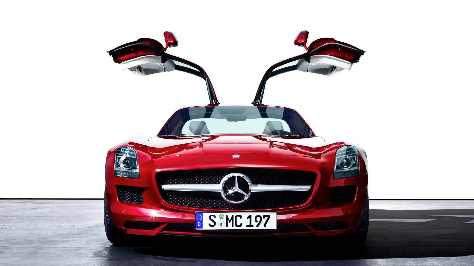 50 super sports car wallpapers that 39 ll blow your desktop away for Mercedes benz cars photos