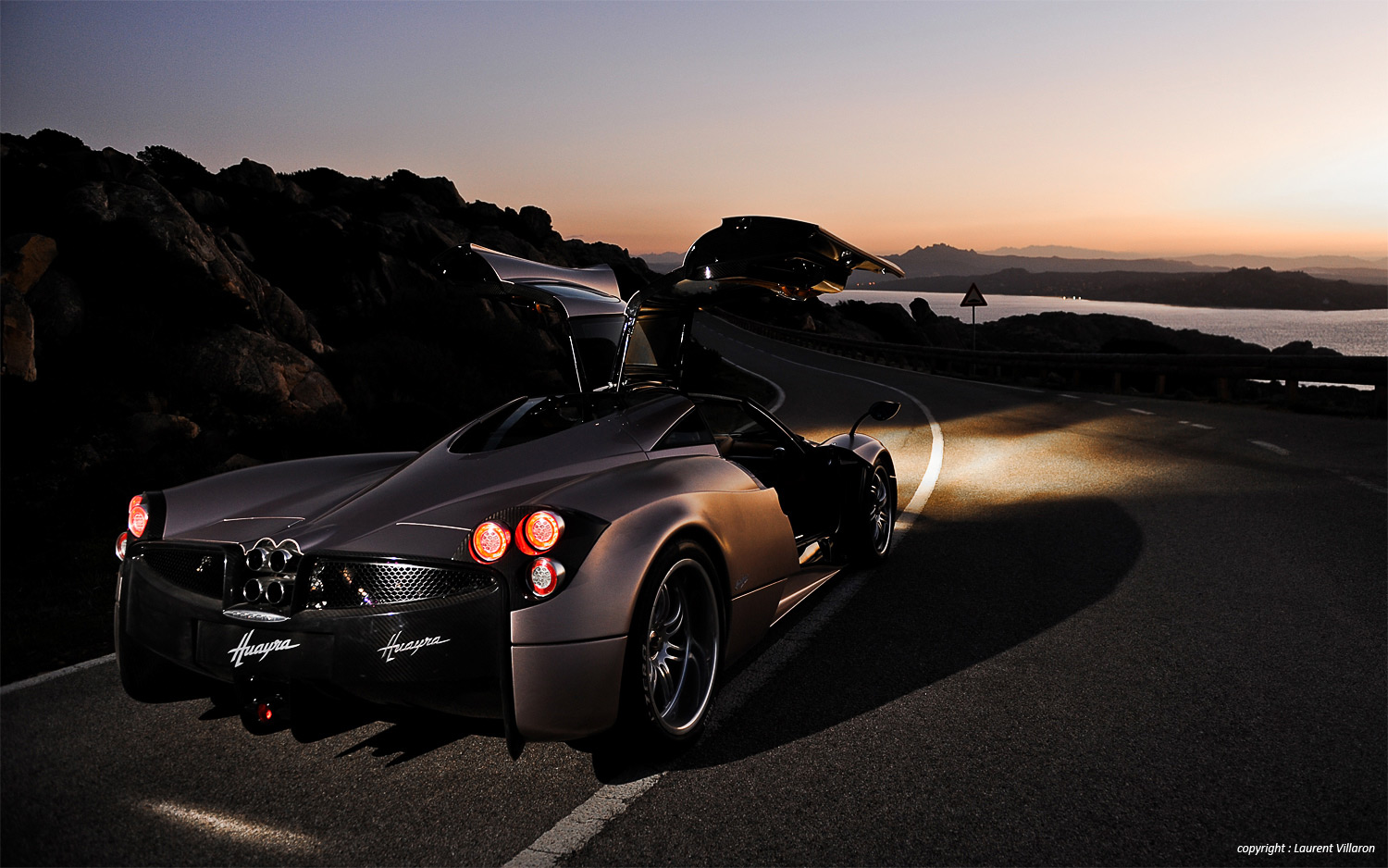 50 Super Sports Car Wallpapers That'll Blow Your Desktop Away |Car Wallpapers For Desktop 2012