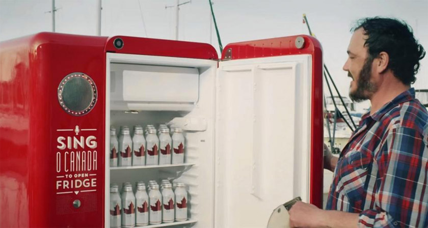 Coca Cola Fridge >> This Fridge Gives You Free Beers If You Sing The Canadian National Anthem