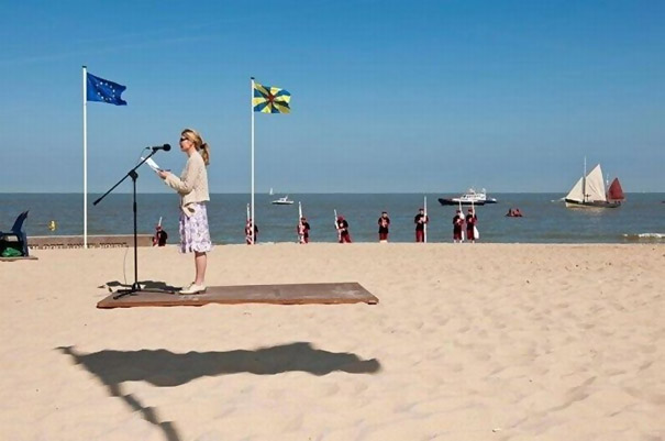Perfectly Timed - Photos Taken At The Right Moment (48)