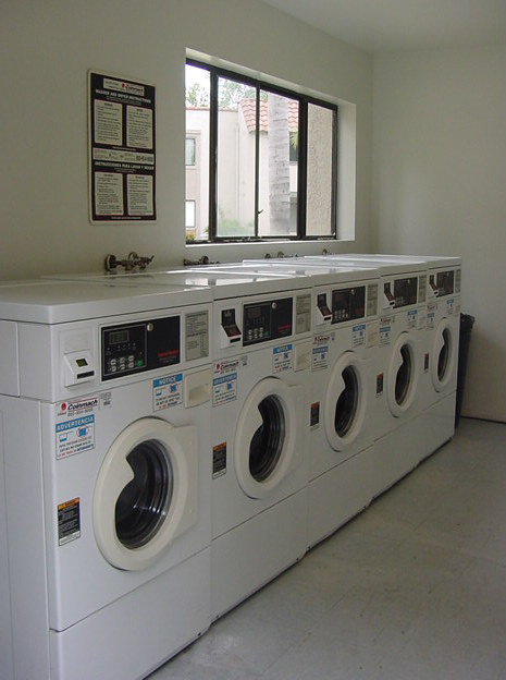generic-trademark-product-brand-names-laundromat