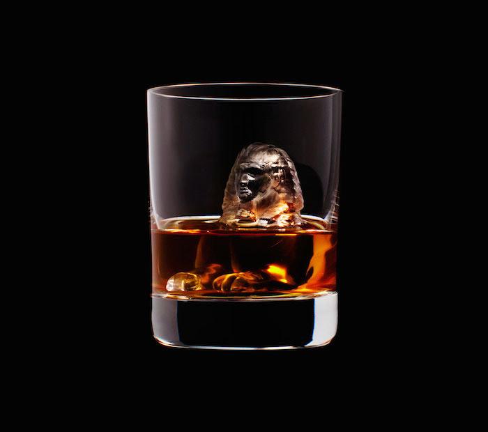 Suntory Whisky - 3D On The Rocks - Sphinx