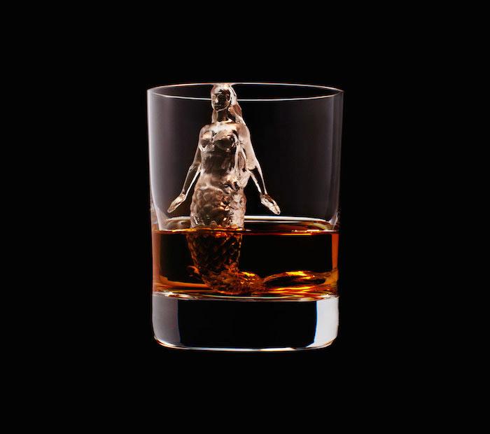 Suntory Whisky - 3D On The Rocks - Mermaid
