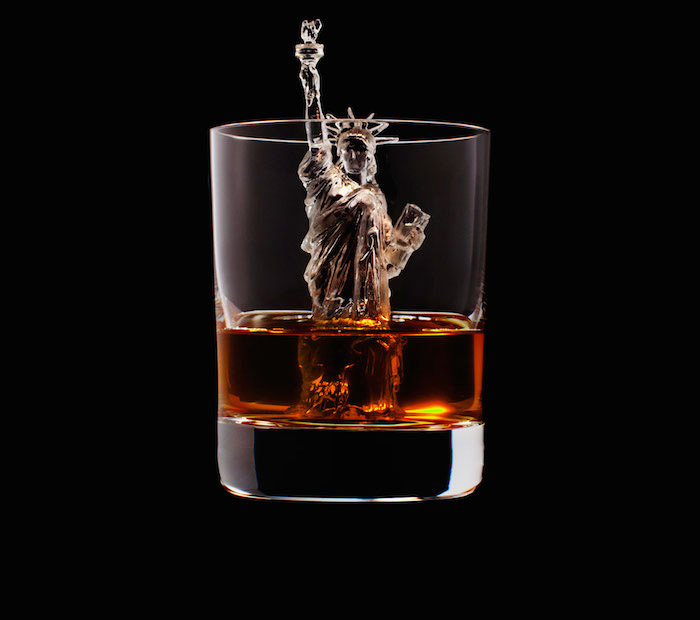 Suntory Whisky - 3D On The Rocks - Statue of Liberty