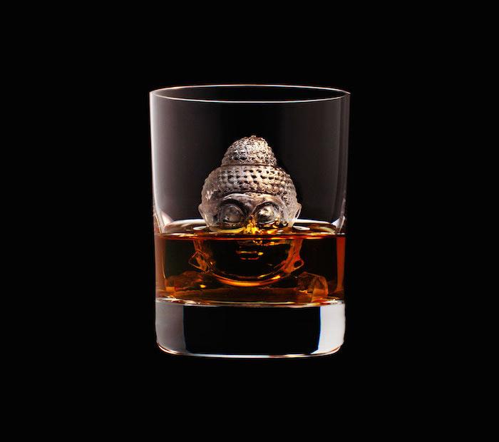 Suntory Whisky - 3D On The Rocks - Buddha