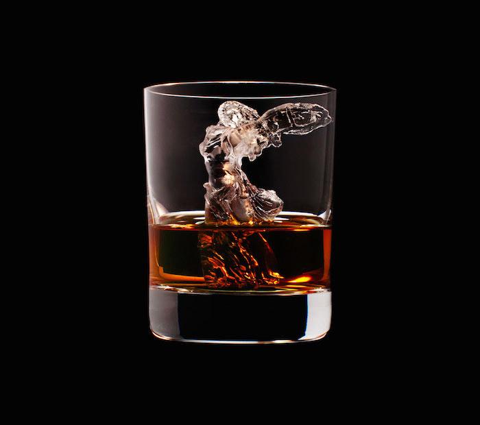 suntory-whisky-3d-on-the-rocks-ice-cubes-22