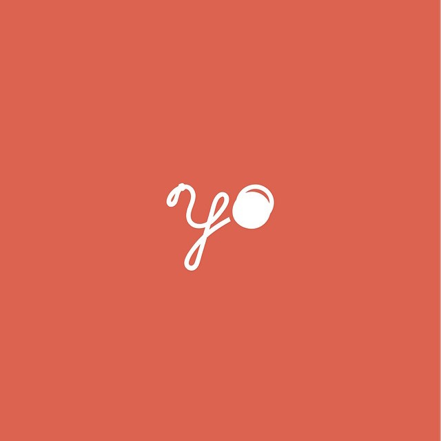 Clever Typographic Logos - Yo yo