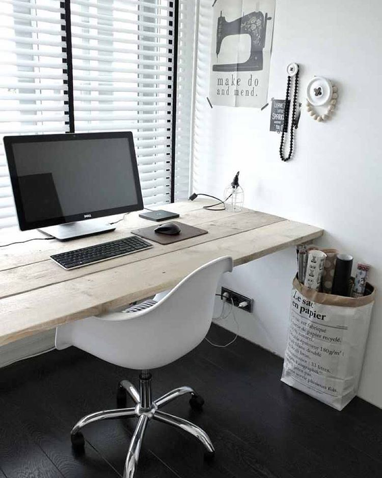 Beautiful, minimal desks and workstations - 10