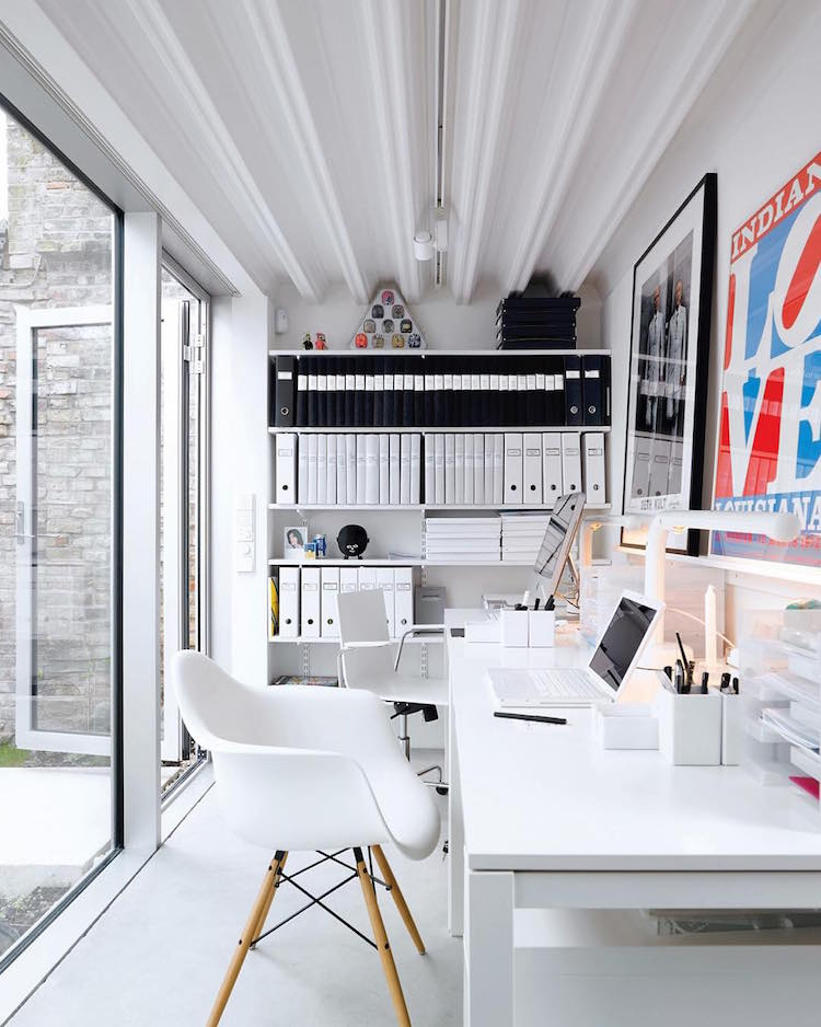 Beautiful, minimal desks and workstations - 13