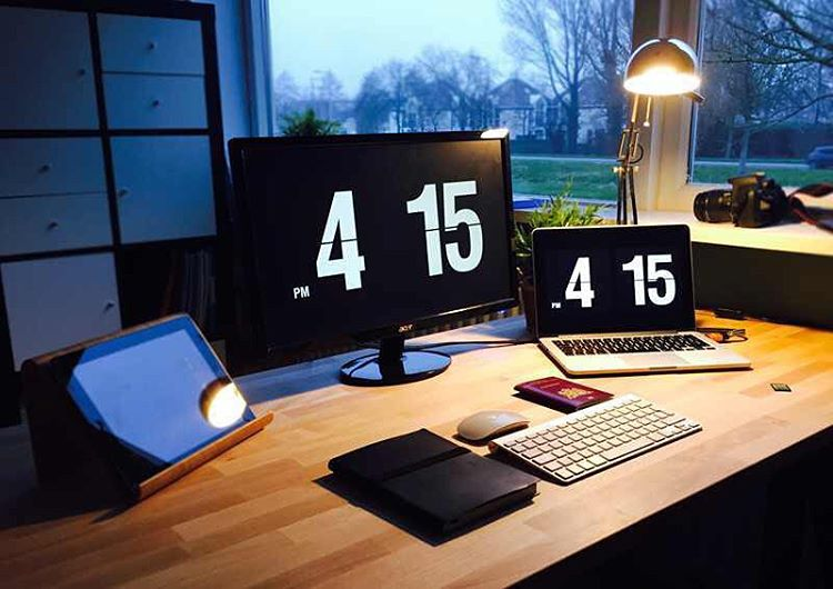 Beautiful, minimal desks and workstations - 20