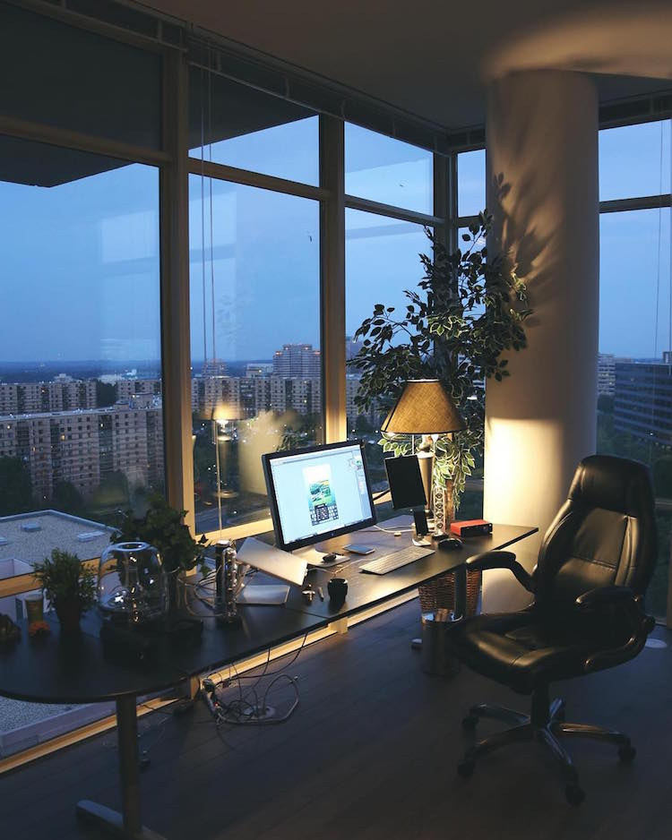 Beautiful, minimal desks and workstations - 3