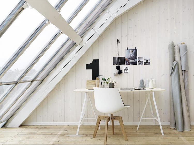 Beautiful, minimal desks and workstations - 6