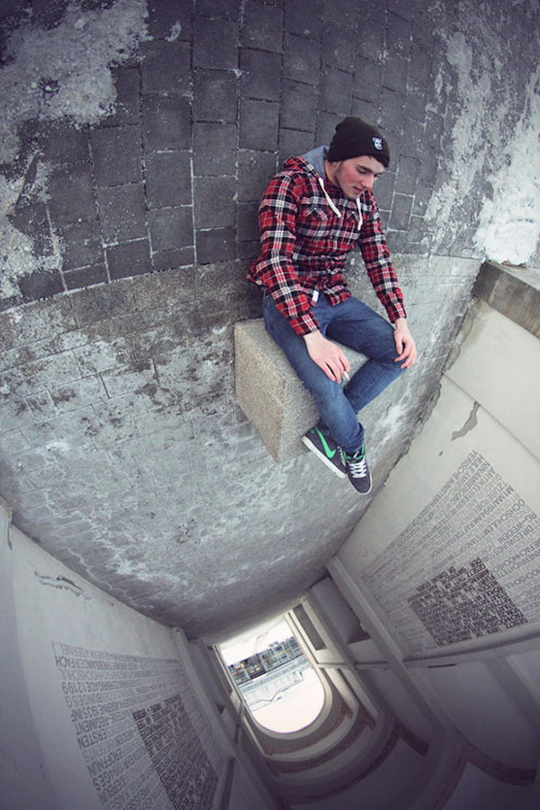 Forced perspective, perfectly timed photos taken at a creative-angle - 33