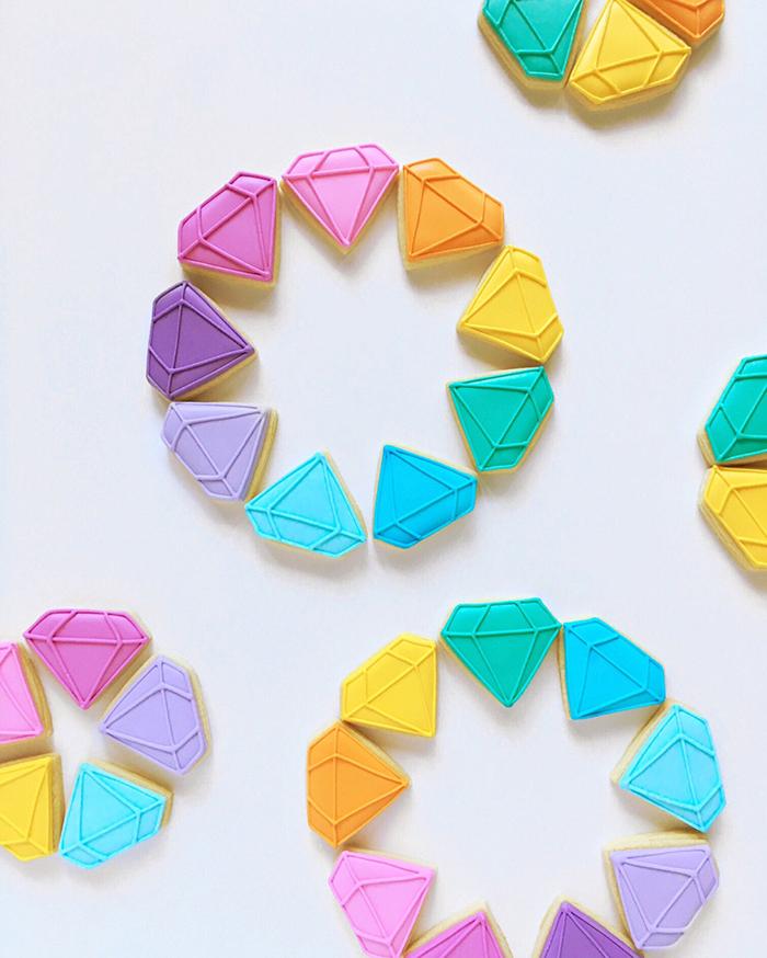 Graphic designer's creative custom cookies - 24