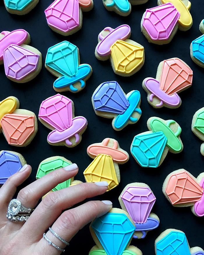 Graphic designer's creative custom cookies - 30