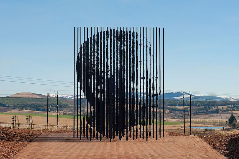 Most creative, beautiful modern statues and sculptures - 10