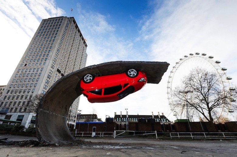 Sculptures that defy gravity & the laws of physics - 12
