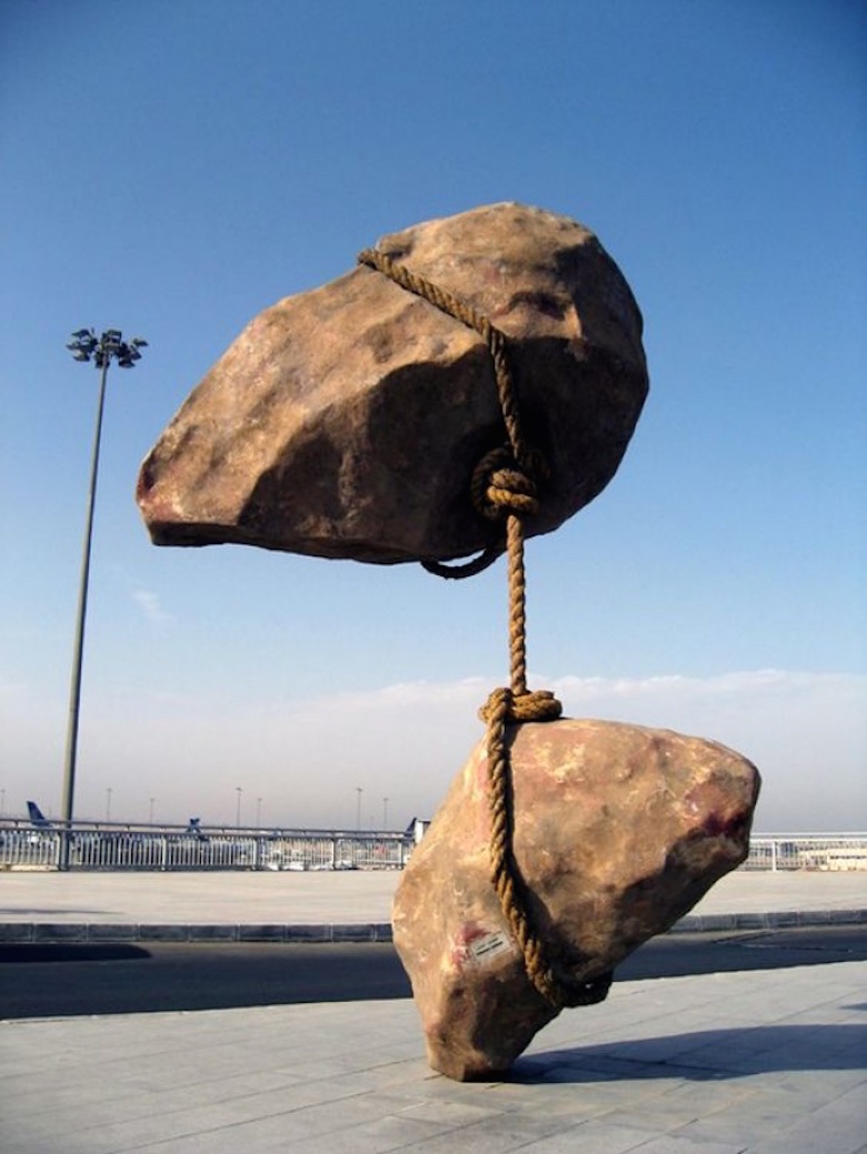 Sculptures that defy gravity & the laws of physics - 4