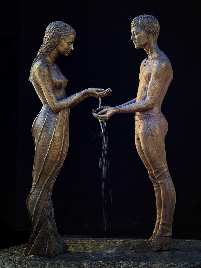 Bronze water fountain sculptures by Malgorzata Chodakowska (6)