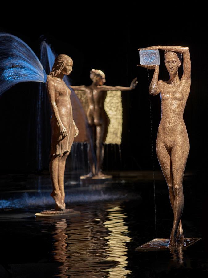 Bronze water fountain sculptures by Malgorzata Chodakowska (9)