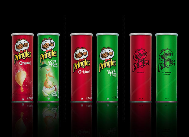 Minimalist product packaging of famous brands - Pringles