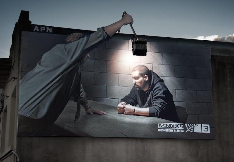 Law & Order - Outdoor lamp