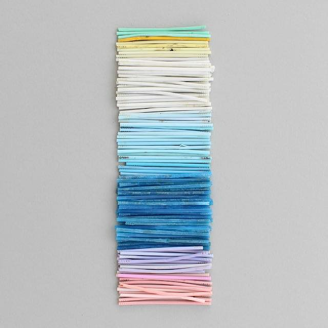 Beautiful photos of color gradients in everyday objects - 17