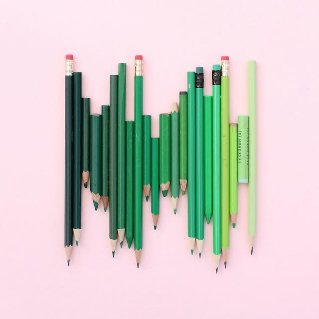 Beautiful photos of color gradients in everyday objects - 25