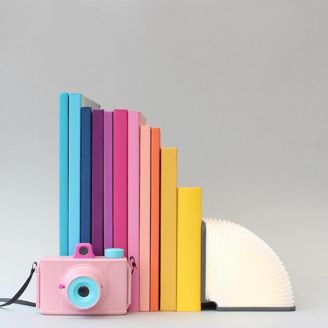Beautiful photos of color gradients in everyday objects - 7