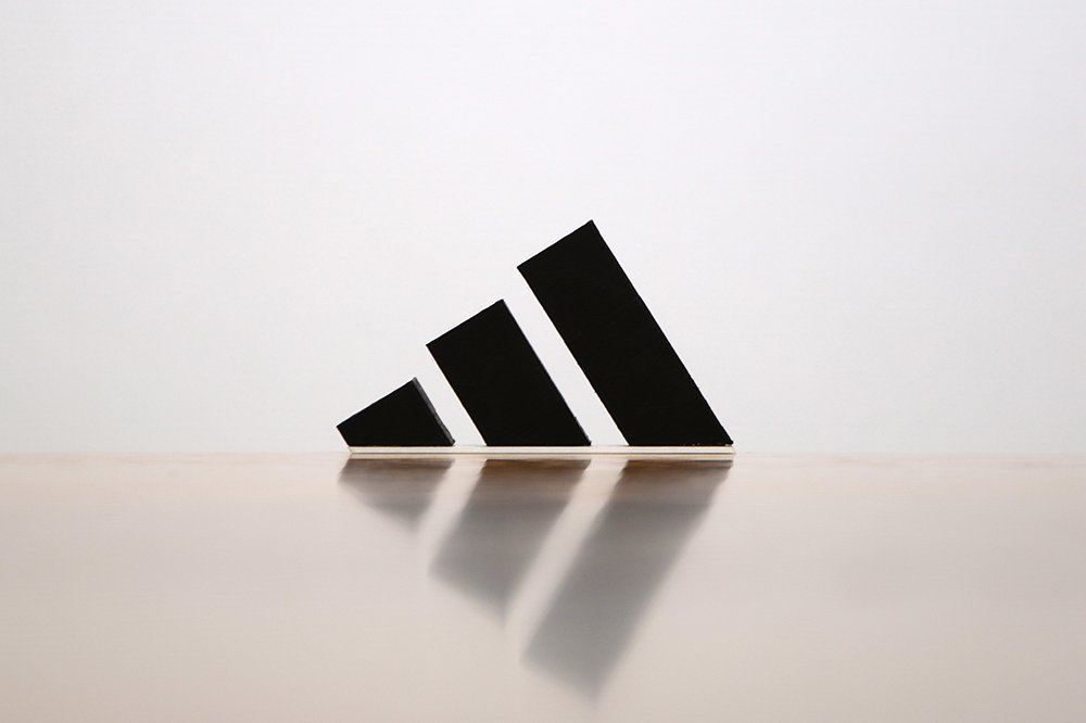 Famous logos 3D printed as everyday items - Adidas (1)