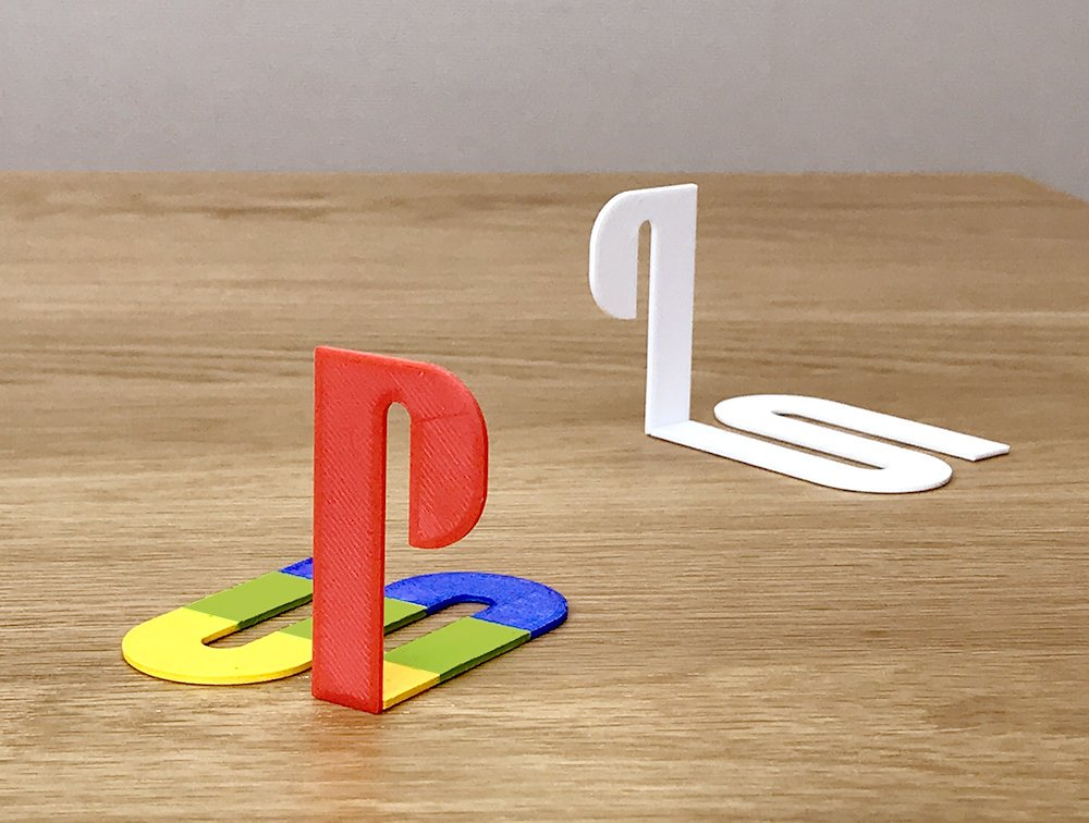 Famous logos 3D printed as everyday items - PlayStation (1)