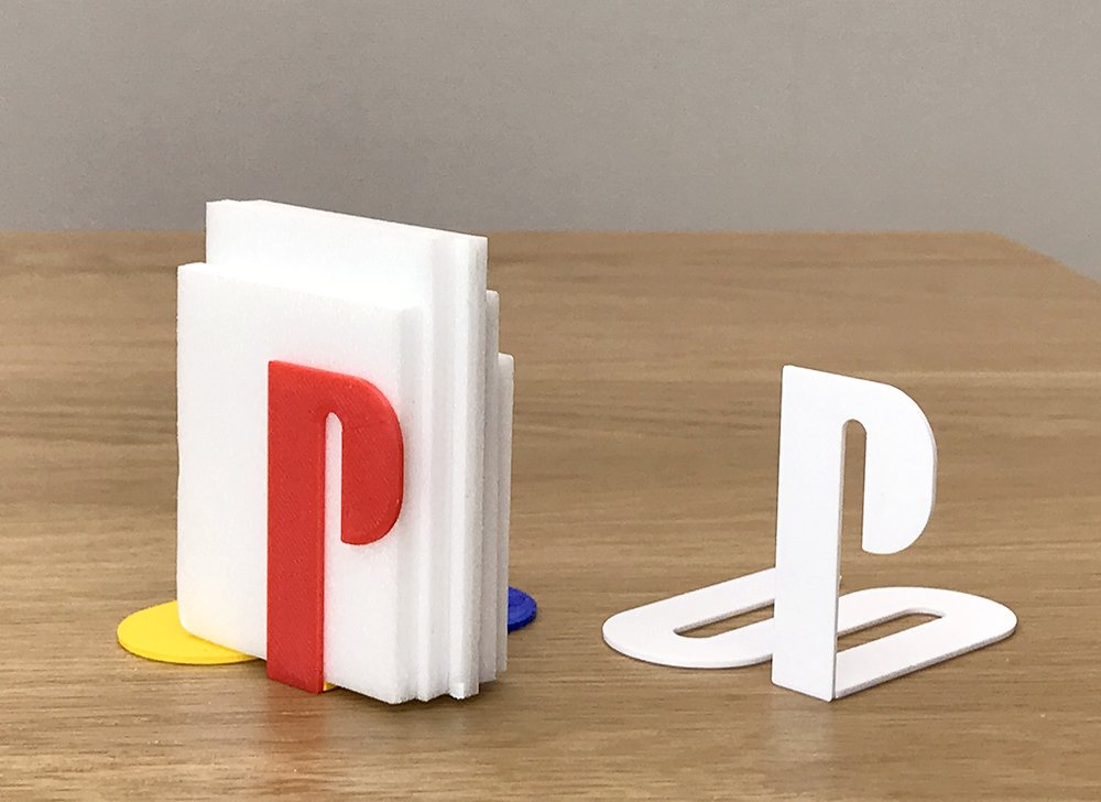 Famous logos 3D printed as everyday items - PlayStation (2)
