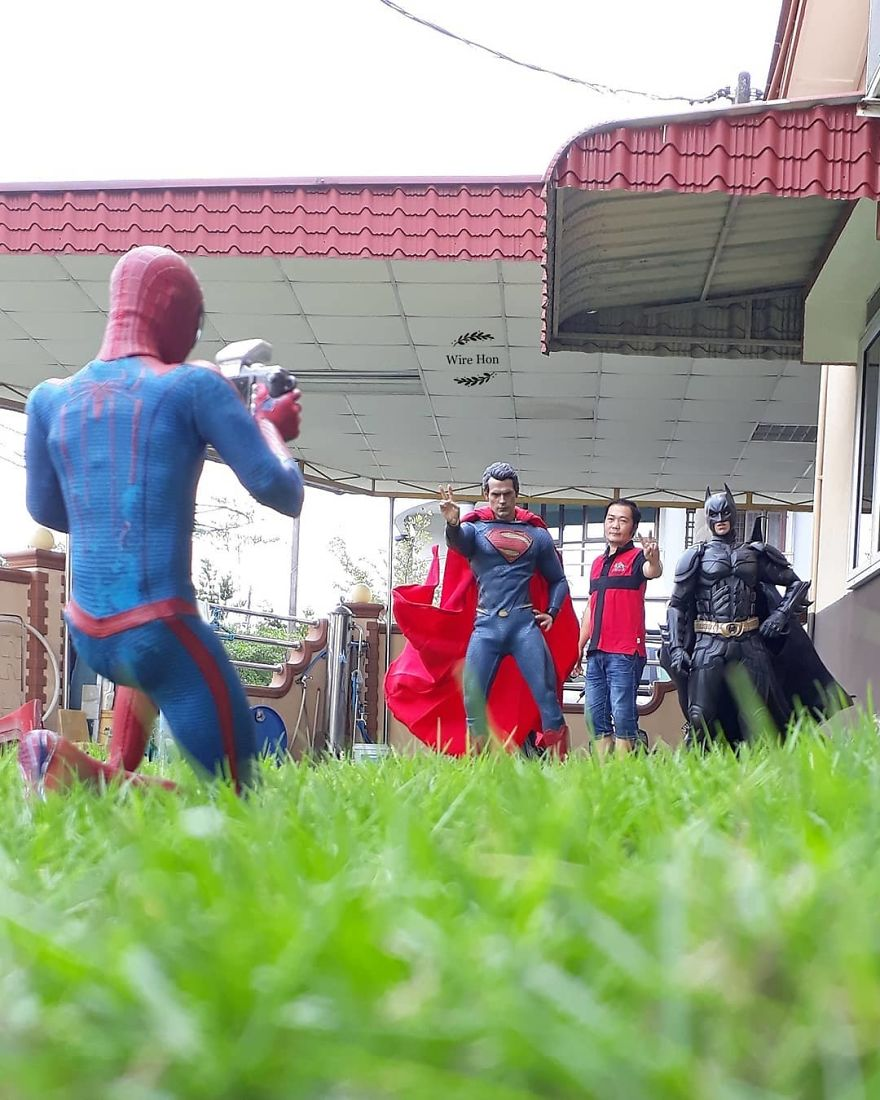 Forced perspective photography with toy superheroes - 11