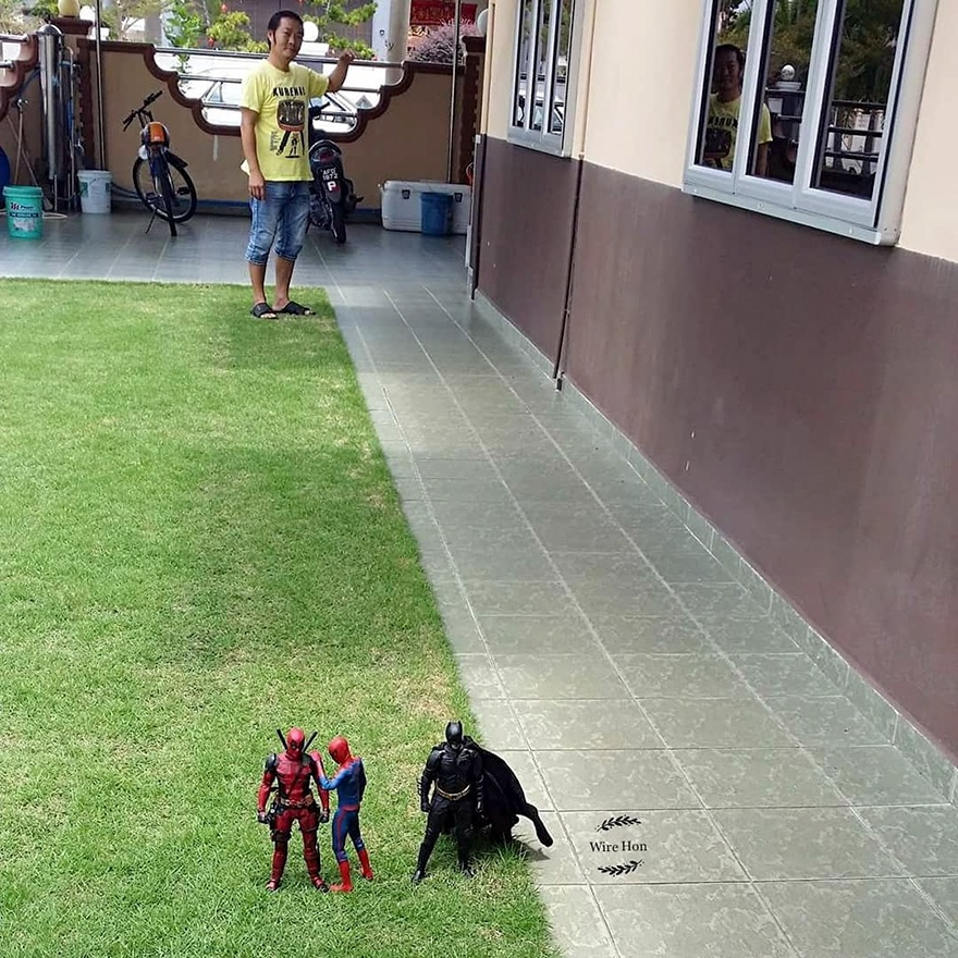 Forced perspective photography with toy superheroes - 3b