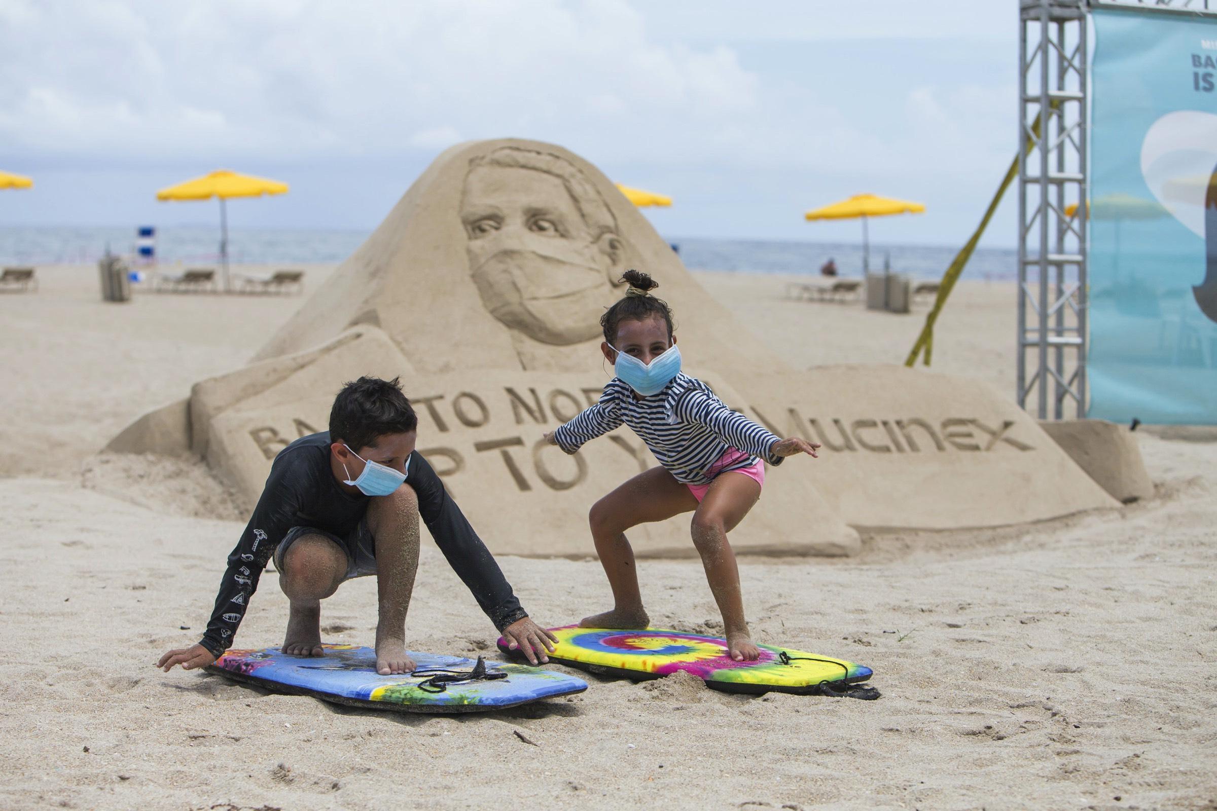 Mucinex - Wear a mask (Sand sculpture 3)