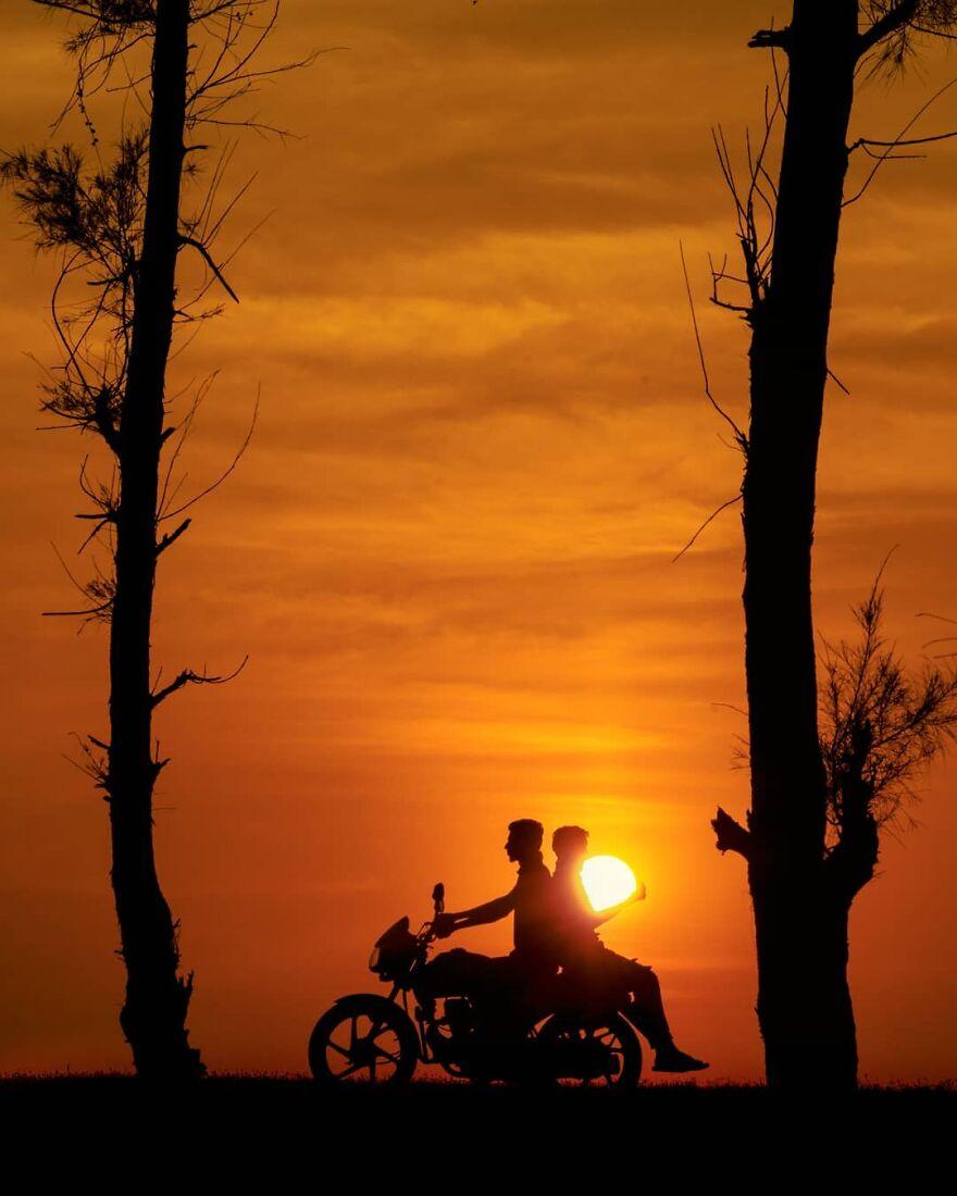 Creative Sunset Silhouette Photos - 17